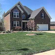 284 Persimmon Dr Mt Washington, KY 40047