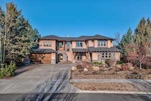 19560 Hollygrape St Bend, OR 97702