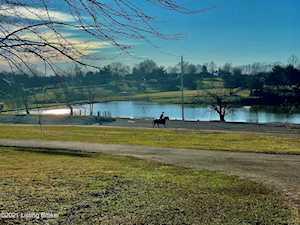5750 Buck Creek Rd Finchville, KY 40022