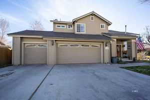 2394 Cheyenne Dr Bishop, CA 93514
