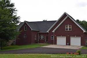 5635 Sunday Dr Otisco, IN 47163
