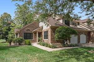 327 Willow Parkway Buffalo Grove, IL 60089