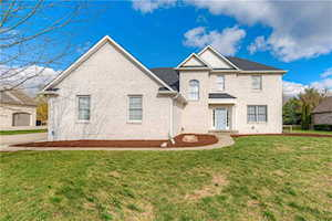 724 Willow Pointe North Dr Plainfield, IN 46168