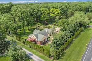 10637 W 71st Place Countryside, IL 60525