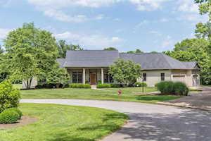 291 Creek Ridge Drive Nicholasville, KY 40356