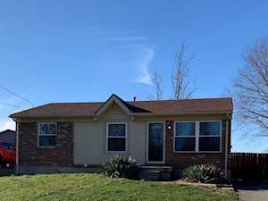 295 Winston Ct Shepherdsville, KY 40229
