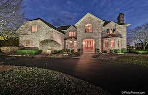 28 Wedgewood Dr Hawthorn Woods, IL 60047