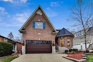5605 Hillcrest Rd Downers Grove, IL 60516
