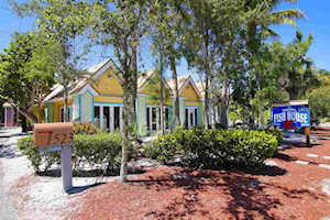 1523 Periwinkle Way Sanibel, FL 33957