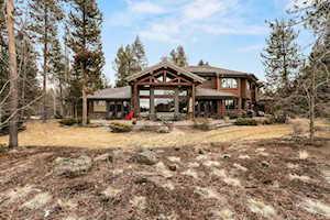 56715 Nest Pine Dr Bend, OR 97707