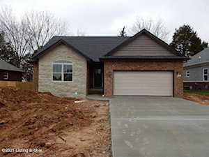 531 Deep Creek Dr Shepherdsville, KY 40165