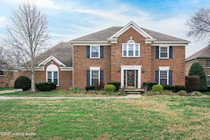 6719 Sycamore Woods Dr Louisville, KY 40241