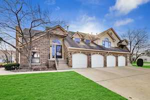 46 Willow Parkway Buffalo Grove, IL 60089