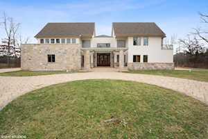 2625 Mavor Ln Highland Park, IL 60035