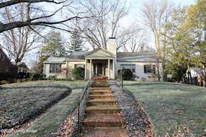 506 Country Ln Louisville, KY 40207