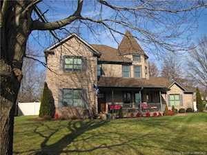 1523 Pheasant Run Ct New Albany, IN 47150
