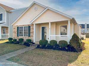 7018 Shanty Creek Dr Louisville, KY 40228