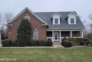 4545 Cherry Forest Cir Louisville, KY 40245