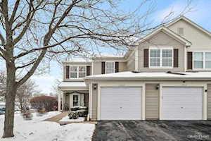1262 Brookdale Dr #1262 Carpentersville, IL 60110