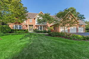 989 Lakewood Dr Lake Forest, IL 60045