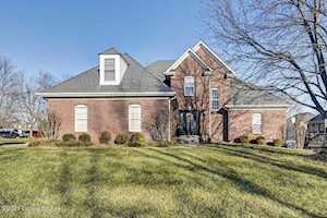 4003 Meadow Crest Ct Louisville, KY 40245