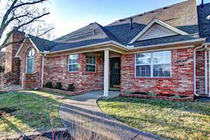 8102 Turnberry Dr Louisville, KY 40291