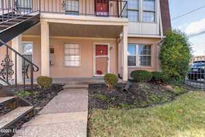 1954 Goldsmith Ln #E4 Louisville, KY 40218