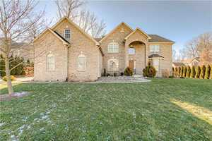 6623 May Apple Dr Mccordsville, IN 46055