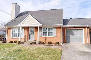 8703 Staghorn Dr #1 Louisville, KY 40242