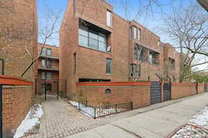 439 W Grant Place #A Chicago, IL 60614