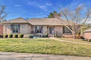 32 Autumn Hill Ct Louisville, KY 40059