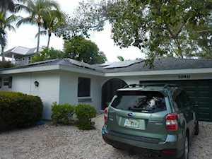 3040 W Gulf Dr Sanibel, FL 33957