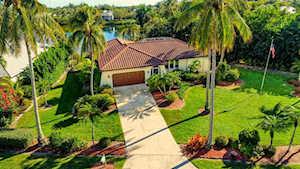 1421 Sand Castle Rd Sanibel, FL 33957