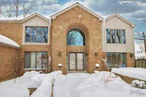 3240 Brookdale Ln Northbrook, IL 60062