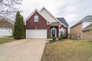 4213 Sunny Crossing Dr Louisville, KY 40299