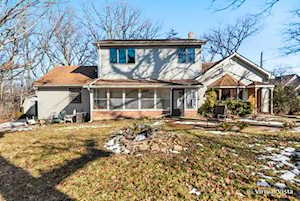 630 37th St Downers Grove, IL 60515
