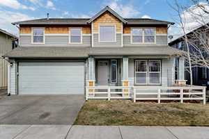 21176 Clairaway Ave Bend, OR 97702