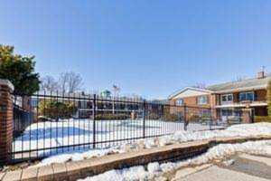 2820 Dundee Rd #3B Northbrook, IL 60062
