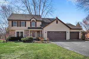 747 Hillcrest Dr Sleepy Hollow, IL 60118