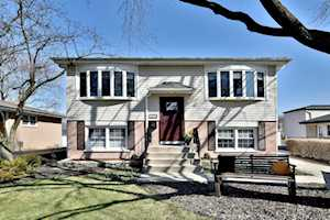1241 S Chestnut Ave Arlington Heights, IL 60005