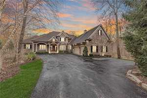 9511 Timber Crest Ln Indianapolis, IN 46256