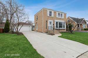 731 N Patton Ave Arlington Heights, IL 60004
