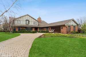 627 Edgemont Ln Park Ridge, IL 60068