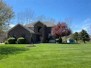 1118 N Creekview Dr Greenfield, IN 46140