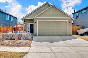 21235 Thornhill Ln Bend, OR 97701