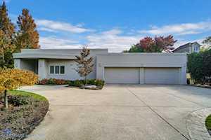 2225 Greenview Rd Northbrook, IL 60062