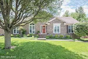 10110 Tulip Tree Dr Louisville, KY 40241