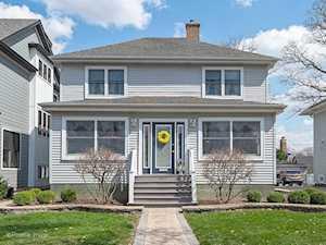 4821 Oakwood Ave Downers Grove, IL 60515