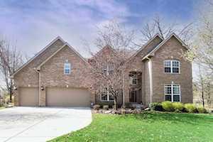 1676 Pondview Dr Hoffman Estates, IL 60192