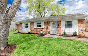 5405 Carling Ct Louisville, KY 40272